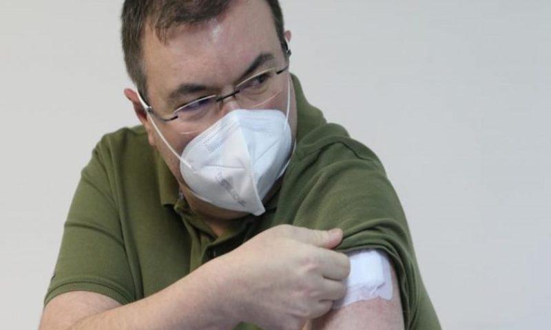 Мутафчийски се ваксинира срещу ковид: Това е оръжието