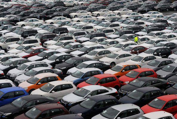Отново срив на продажбите на нови коли в България
