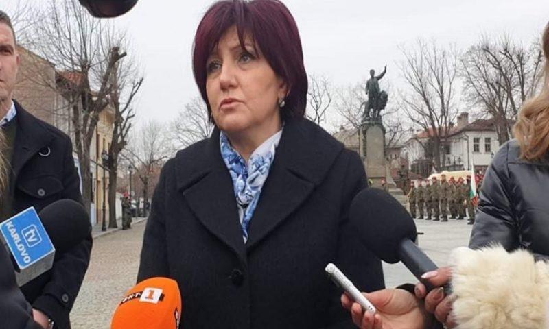 Цвета Караянчева коментира, че много хора няма да гласуват на 4 април, президентът обявил датата неаргументирано/ВИДЕО/