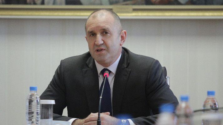 Президентът отговори на Борисов за Навални