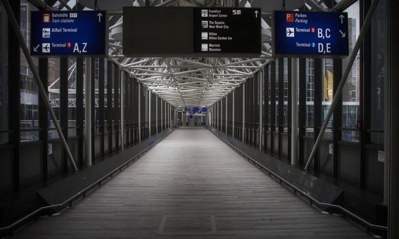 Спад на пътуванията на нашенци в чужбина с близо 30% през януари