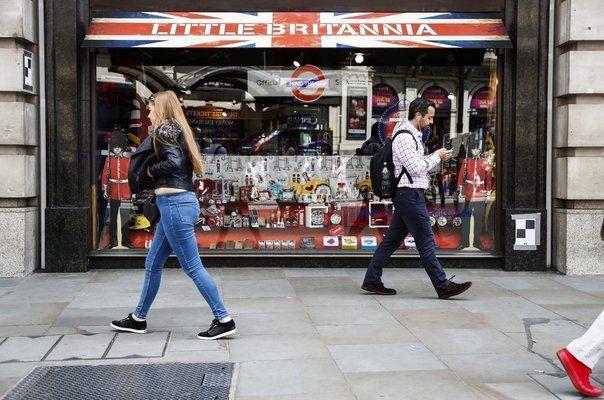 Великобритания планира нов данък за печелившите от Covidфирми