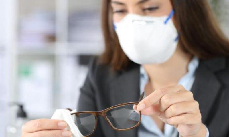 COVID-19: Три пъти по-малък риск от заразяване, ако носите това