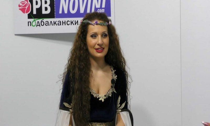 Певицата Владислава Христозова пред ПБ Новинар за свободата, обичта към Родината и любовта към народната музика/ВИДЕО/