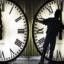Смяната на часа – трагикомична ситуация за България, ето кой ще бъде ударен най-зле