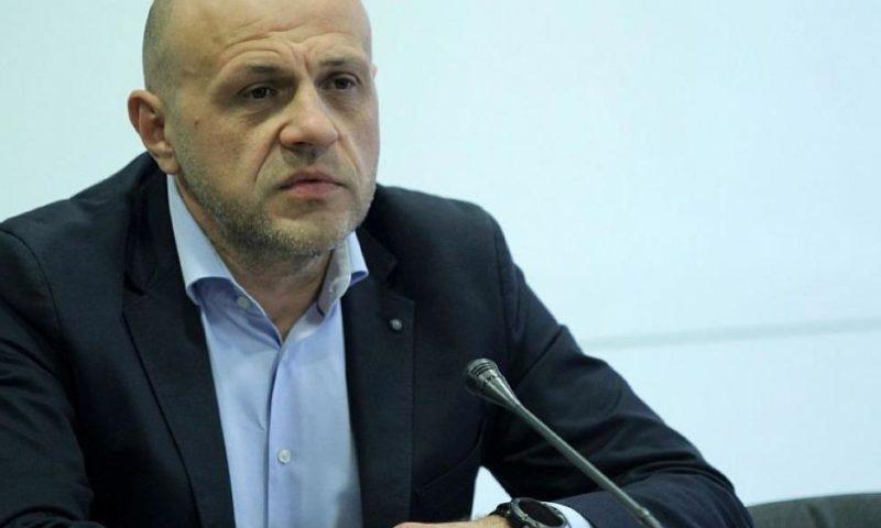 Дончев: Смисълът на драматизацията беше Борисов да бъде вкаран в НС и обиждан