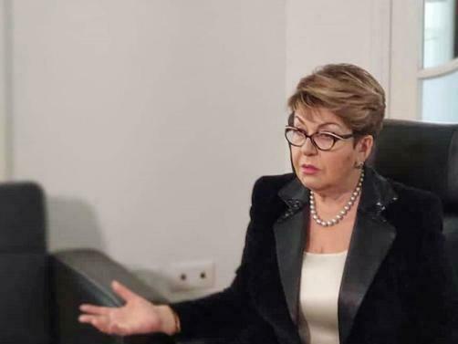 България не бива да изпълнява нечии поръчки