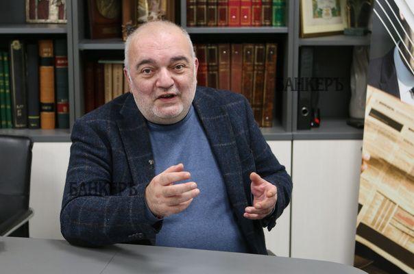 Арман Бабикян: Даниел Митов е поредният параван на Борисов