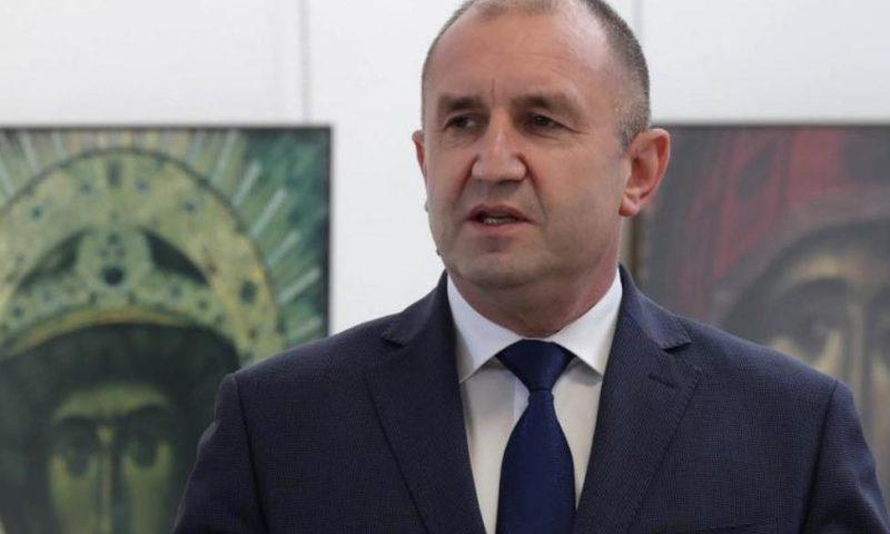 Президентът Румен Радев честити Великден