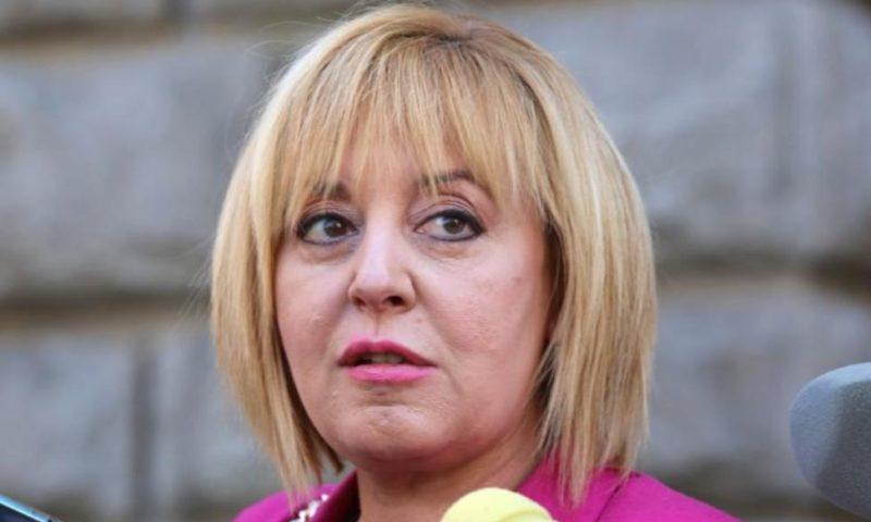 Мая Манолова внесе в МВР документи за подслушване