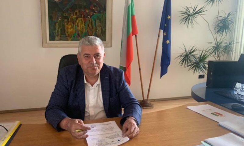 Уреждат гласове за изборите с дърва за огрев, алармира губернаторът на Смолян
