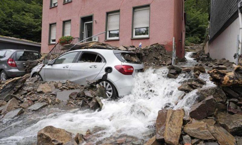 Над 40 са жертвите на водната стихия в Германия, десетки са в неизвестност